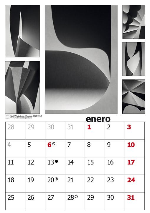 Página del diseño del calendario con fotografías en blanco y negro