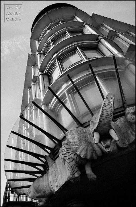 arquitectura con elefante